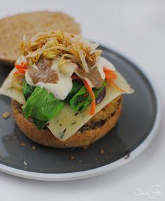 Burger mit Haferflocken Bratling - SweetPie