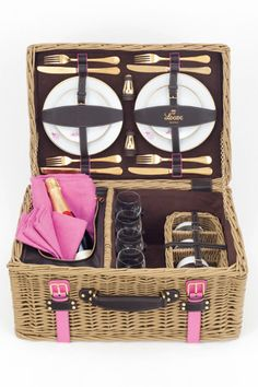 cesta de mimbre de Loewe para picnic