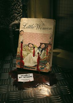 "The Crime & Detective Bookshop: Little women - ""Intruders not welcome"" / JWT, Barcelona, Spain (2006)"