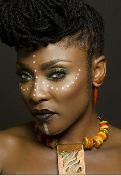 maquillaje de ojos africano - Buscar con Google                                                                                                                                                                                 Más