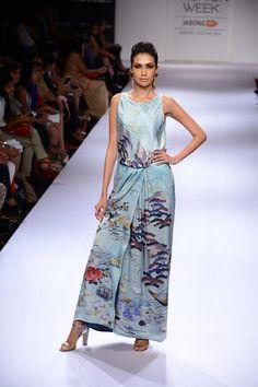 Model walks the ramp for designer Sania Maskatiya at the Lakme Fashion Week Winter/Festive 2014 Day 2. #Fashion #Style #Beauty