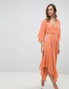 Modellen på klänning