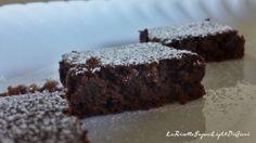 Torta di pane light al cacao e amaretti, senza burro, olio o margarina- ricetta riciclo (64 calorie)