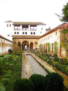 El Generalife, dentro de La Alhambra, Granada, Spain