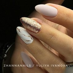 Having short nails is extremely practical. The problem is so many nail art and manicure designs that you'll find online Gelish Nails, Nail Manicure, Toe Nails, Pink Ombre Nails, Uñas Fashion, Nails 2017, Almond Acrylic Nails, Nagel Gel, Perfect Nails
