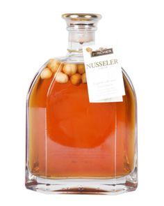Likör und Edelbrände aus Südtirol bei pircher-online.de Popcorn Maker, Whiskey Bottle, Shops, Drinks, Food, Shopping, Drinking, Tents, Beverages