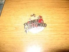 PLANET HOLLYWOOD NEW YORK PENDANT EXCELLENT CONDITION