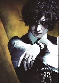 New Lotus Look - Toshiya Novel Characters, Fictional Characters, New Lotus, Dir En Grey, Grey Tattoo, Black And White Pictures, Dark Beauty, Visual Kei, Drawing Reference