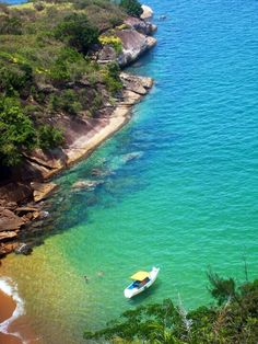 With over 4,500 miles of coastline, Brazil boasts some of the worlds most beautiful beaches.  There's that yellow, green and blue color palette again :)