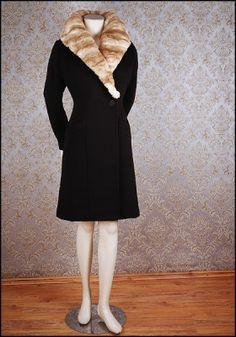 (Fake) Fur Collar Coat at Vecona