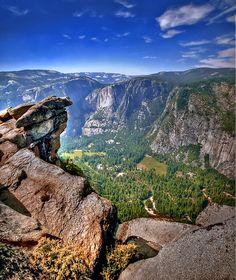 Yosemite Valley, Yosemite National Park, Ca - http://www.aiowedding.com/destination-weddings/10-destinations-for-a-romantic-honeymoon-in-vietnam