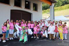 Le magliette rosa del ristorante Relais Ca' del Poggio, sponsor di questa vendemmia. #ProseccoeSorrisi #vendemmia Fondazione Dottor Sorriso Onlus www.dottorsorriso.it - www.lemanzane.com - www.cadelpoggio.it