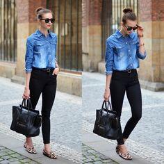 Leopard print slippers with black jeans & denim shirt