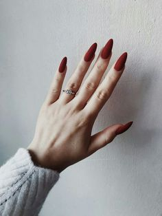Trendy nail polish colors e. The year 2019 - Trendy nail polish colors e. The year 2019 # nail polish colors - Red Acrylic Nails, Matte Nails, Acrylic Art, Matte Almond Nails, Elegant Nail Art, Almond Shape Nails, Nagel Gel, Nail Polish Colors, One Color Nails