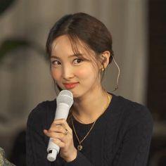 Kpop Girl Groups, Korean Girl Groups, Kpop Girls, Twice Group, Jihyo Twice, Nayeon Twice, Best Dramas, Tzuyu Twice, Im Nayeon