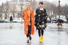 Bright patterns in orange and black on the street at Paris Fashion Week // photo credit: The Styleograph
