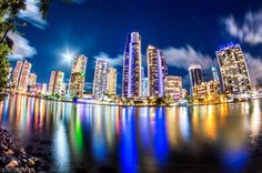 I love Surfers paradise Australia- what an amazing pic by our friend Taylor Smith