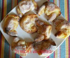 Cornetti salati di patate con speck e provola Pretzel Bites, French Toast, Bread, Breakfast, Food, Morning Coffee, Brot, Essen, Baking