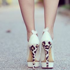<3 These shoes!!