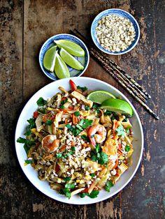 Pad Thai with Shrimp & Tofu