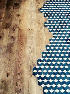 Projet conçu par Audrey Boey : Bar à vins Jaja, Lille. Aménagement d'intérieur et décoration. Ici mariage des carreaux de ciment et du parquet.