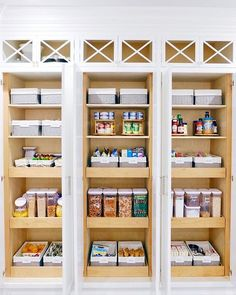 We had the BEST TIME yesterday organizing @vanessalachey's gorgeous new kitchen! We separated the pantry into three sections: Kids snacks,  Vanessa and Nick's snacks, and breakfast / dinner / cooking + baking. ✨ All products are available on our new SHOP