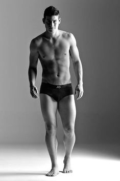 If I had my way, James Rodriguez would never wear more than tight underwear. More hot men James Rodriguez Colombia, Cristiano Ronaldo, James Rodrigez, Textiles Y Moda, Equipe Real Madrid, Eye Candy, Le Male, Hommes Sexy, Male Physique