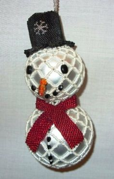 Hey, I found this really awesome Etsy listing at https://www.etsy.com/listing/91227014/x323-bead-pattern-only-beaded-frosty