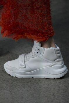 Detalles de la Colección Ready-to-Wear de Burberry para Primavera 2018.  Semana de la Moda de London. Fotos detalles: Marcus Tondo / Indigital.tv