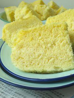 Ah Mah's Traditional steamed sponge cake by Nasi Lemak Lover (http://nasilemaklover.blogspot.c, via Flickr