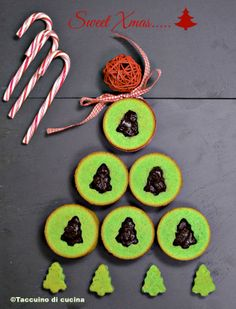 Mint & Chocolate Whoopy Pies for a sweet Xmas  http://www.taccuinodicucina.it/blog/whoopy-pies-natalizi/#more-944
