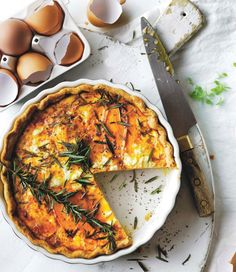sweet potato quiche with feta cheese delicious. Whole Foods, Whole Food Recipes, Vegan Fish, Vegetarian Recipes, Healthy Recipes, Delicious Magazine, Quiche Recipes, Breakfast Lunch Dinner, Feta