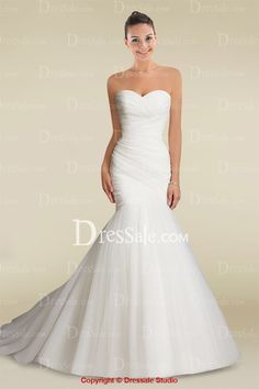 Fresh Looking Stunning Sweetheart Mermaid Wedding Dress with Intricate Pleats