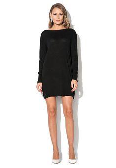 rochie neagra cu decolteu in V la spate http://pretoferta.ro/rochie-neagra-cu-decolteu-in-v-la-spate