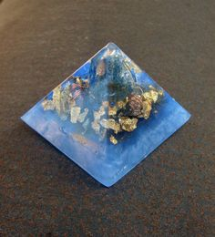 Singer's Friend Orgone Energy Pyramid Small by TwoChez on Etsy