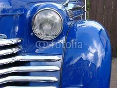 Blauer Opel Olympia der Nachkriegszeit bei den Golden Oldies in Wettenberg Krofdorf-Gleiberg