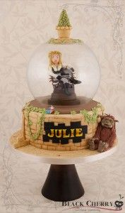 This is Not a Cake for an Ordinary Girl Who Takes Care of a Screaming Baby!