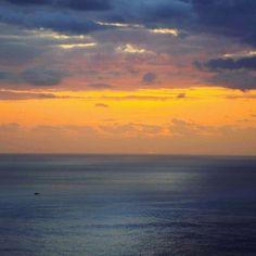 Evening at Madeira.  #Madeira #sunset_vision #sunset #hiking #trekking #traveling #travelphoto #traveladdict #travelbible #nature #trip #backpackerlife #globetrotter #traveltheworld #travelgram #travellife #travellifestyle #seetheworld #sonyalpha #madeiraisland #góry #mountains #kochamgory #mountainlovers #naszlaku #instagirl #landscape #nature #naturephotography #amazingview