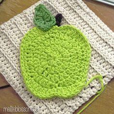 Free Pattern Crochet Apple Dishcloth
