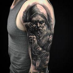 Мастер Вася Эверест Адрес: ст. м. Парк Победы, площадь Чернышевского, 10. Тел: 8-921-941-76-40 #tattoo #tattoos #tattooed #ink #inked