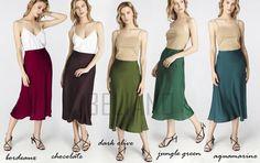 MANY COLORS Silk skirt midi long fall look dark olive a-line skirt outfit Silk wear street style looks Silk fall trends long women skirt A Line Skirt Outfits, A Line Skirts, Skirt Midi, Look Dark, Slip Skirts, Silk Gown, Silk Slip, Models, Fall Trends