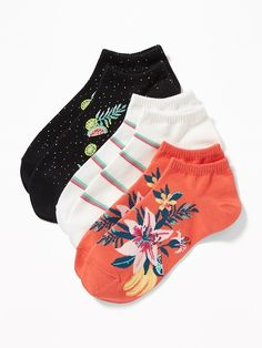 Pack includes three pairs of ankle socks (each in a different color or pattern). Stretchy rib-knit opening for a secure fit. Notched toe seam for added comfort. Soft, medium-weight cotton-blend, with comfortable stretch. One size. Boys Socks, Women Socks, Kids Outfits Girls, Cute Outfits, Iconic Socks, Funny Pajamas, Stance Socks, Cute Socks, Shop Old Navy