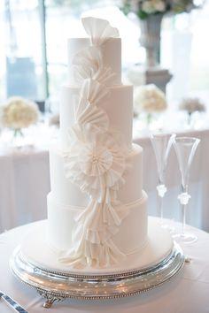 Lirio Cake By Griselda De Pedro Cakes Cake Decorating Daily - Wedding Cakes Sydney West