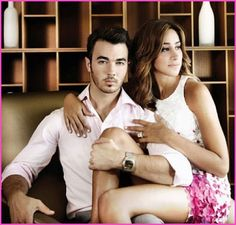 """Kevin Jonas And Danielle Jonas """"Married To Jonas"""" Promo Pictures"""