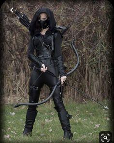 Foto Fantasy, Fantasy Dress, Assassin Costume, Archery Girl, Warrior Outfit, Kleidung Design, Super Hero Outfits, Cosplay Outfits, Character Outfits
