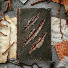 Le Grimoire du Seigneur du Magma by MilleCuirs on DeviantArt Halloween Books, Halloween Crafts, Book Crafts, Fun Crafts, Buch Design, Magic Book, Leather Books, Diy Halloween Decorations, Handmade Books