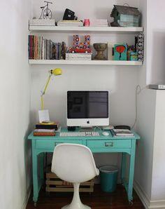 Rincón con espacio de trabajo  #trabajo #escritorio #antiguo #muebles