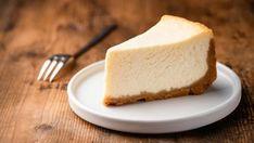 Seis recetas de tartas de queso saludables Cheesecake Day, Lemon Cheesecake Recipes, How To Make Cheesecake, Köstliche Desserts, Delicious Desserts, Yummy Food, Impressive Desserts, Buttermilk Chicken Burger, Nutella