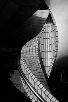 Tristed Paradise~Hong Kong by Ringo Lee Architecture Design, Amazing Architecture, Street Photography, Art Photography, New Retro Wave, Art Moderne, Black N White Images, Image Hd, Black And White Photography