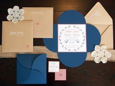 Pocket cards are a beautiful choice for unique diy wedding invitations. Navy Peach Wedding, Blue Bridal, Kraft Wedding Invitations, Wedding Envelopes, Kraft Envelopes, Wedding Vows To Husband, Our Wedding, Trendy Wedding, Cocktail Wedding Reception